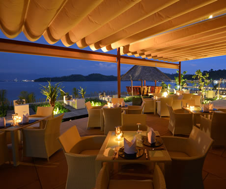 8 beach resorts with incredible restaurants experiences